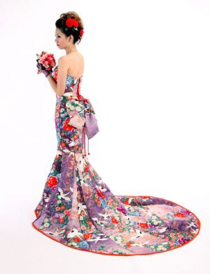 long wedding kimono crane pattern